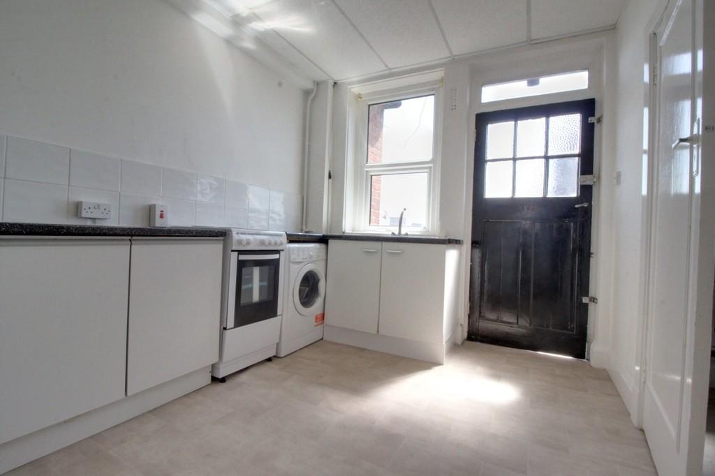 Image 9/10 of property Calthorpe Road, Edgbaston, B15 1QP