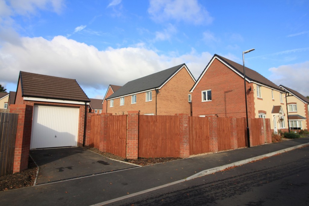 Image 17/18 of property Ansell Way, Harborne, B32 2AU