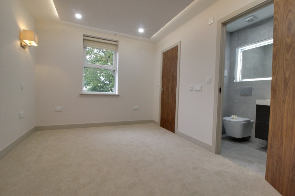 Image 7/12 of property 110 Edgbaston Road, Birmingham, B12 9QA