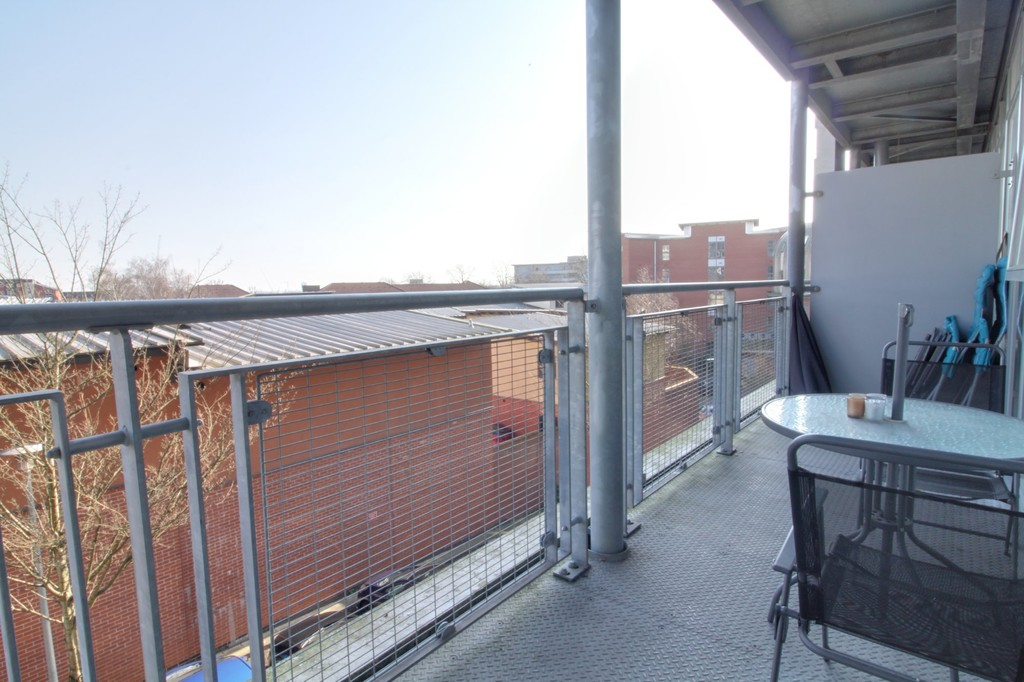 Image 4/8 of property Mason Way, Park Central , Birmingham City Centre, B15 2EE