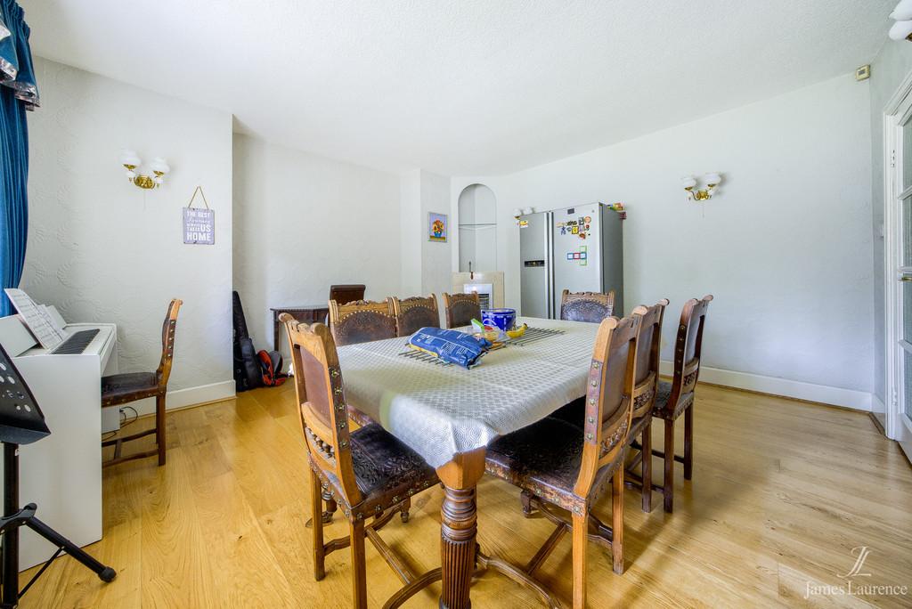 Image 3/15 of property Viceroy Close, Edgbaston, B5 7UR