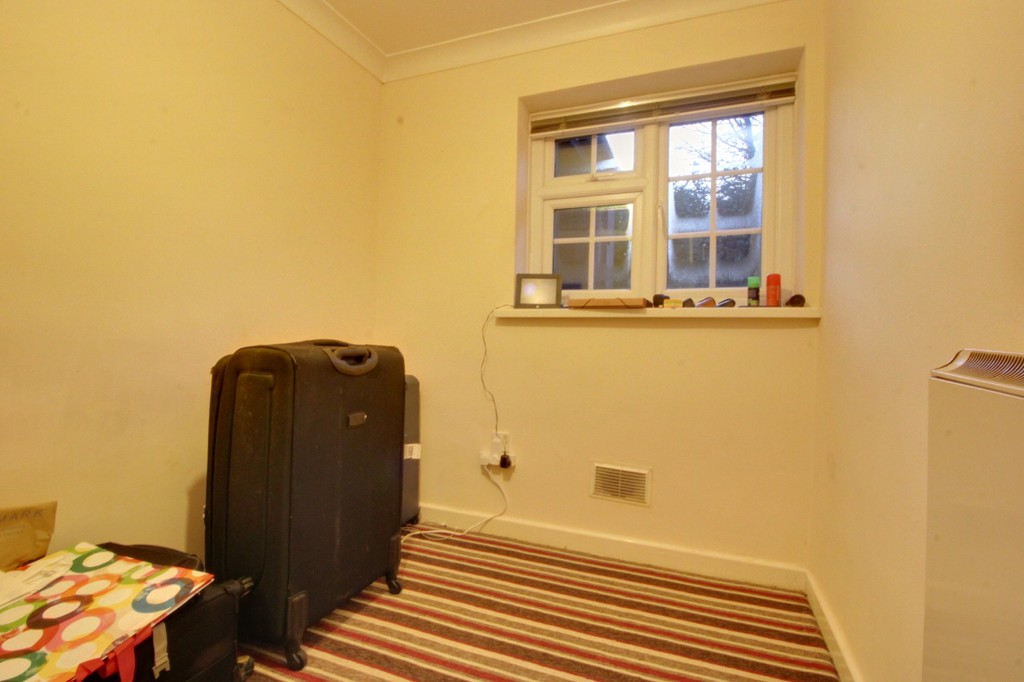 Image 6/7 of property Gilldown Place, Edgbaston, B15 2LR