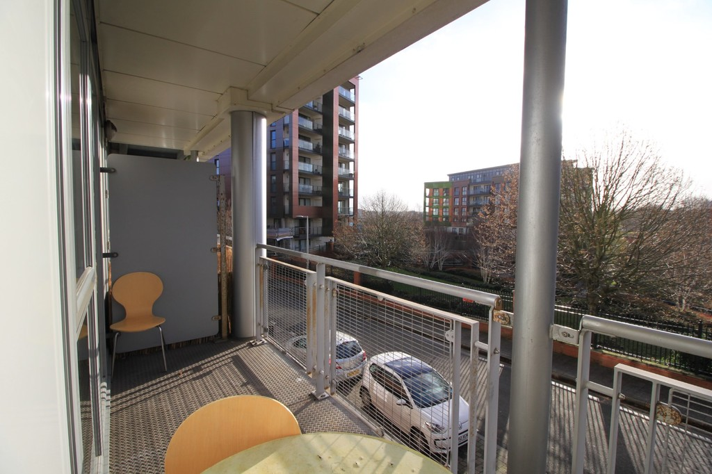 Image 4/8 of property 52 Mason Way, Park Central, Birmingham City Centre, B15 2EE