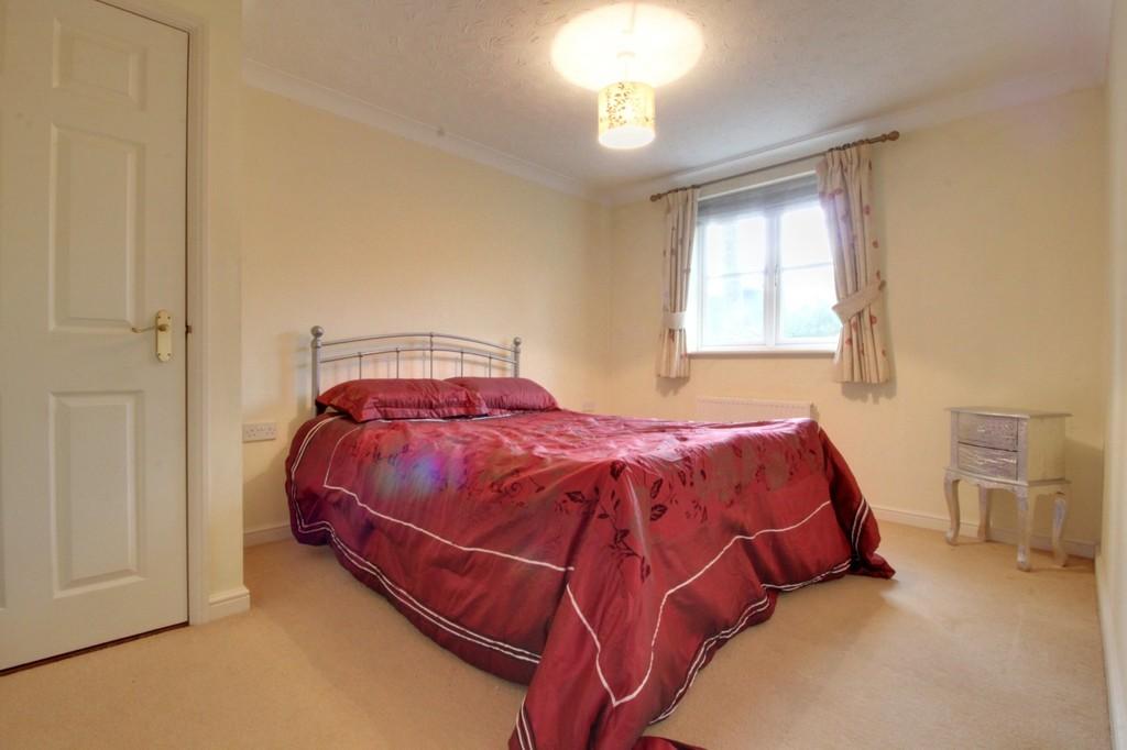 Image 6/13 of property Oakhill Close, Birmingham, B17 8DE