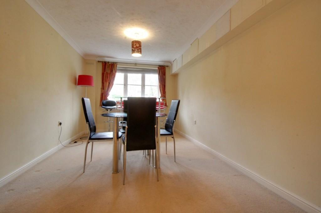 Image 8/13 of property Oakhill Close, Birmingham, B17 8DE