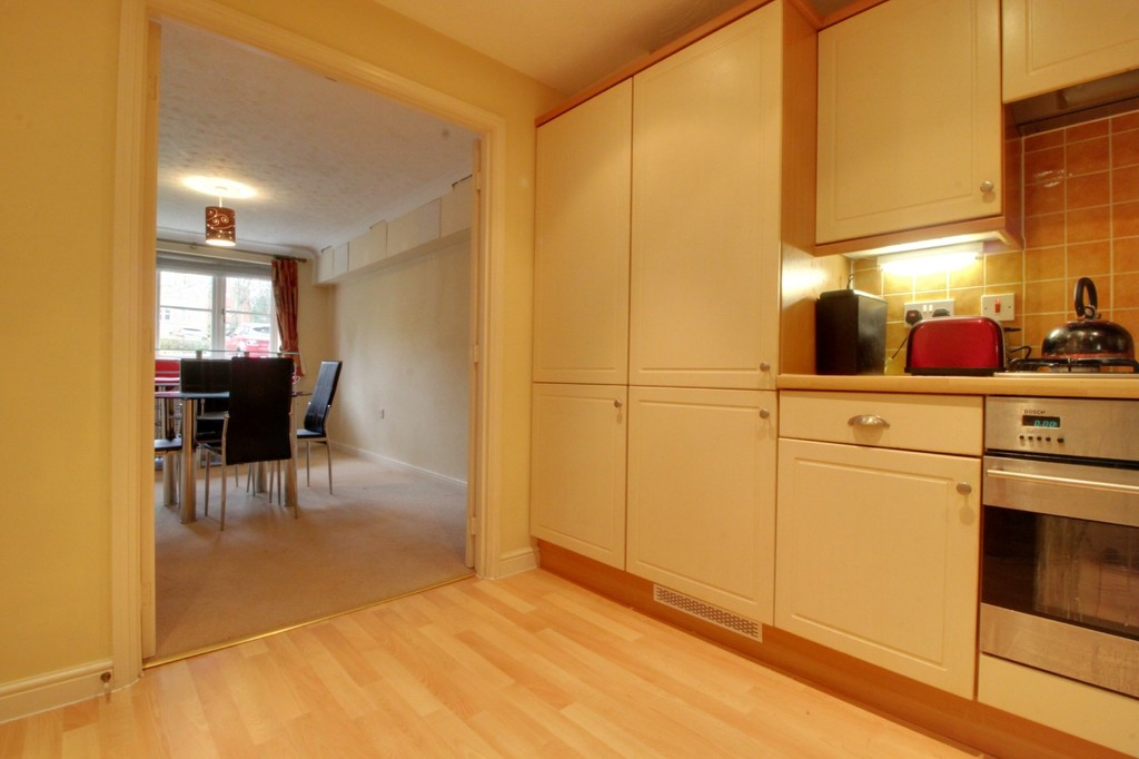 Image 9/13 of property Oakhill Close, Birmingham, B17 8DE