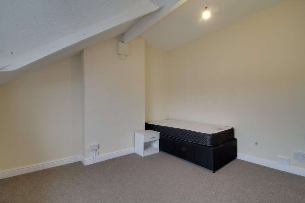 Image 6/16 of property Minstead Road, Birmingham, B24 8PS