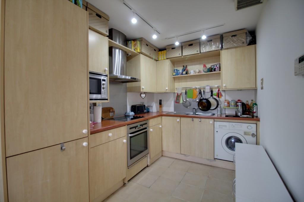 Image 6/13 of property Royal Arch Apartments, Wharfside Street, Birmingham City Centre, B1 1RG