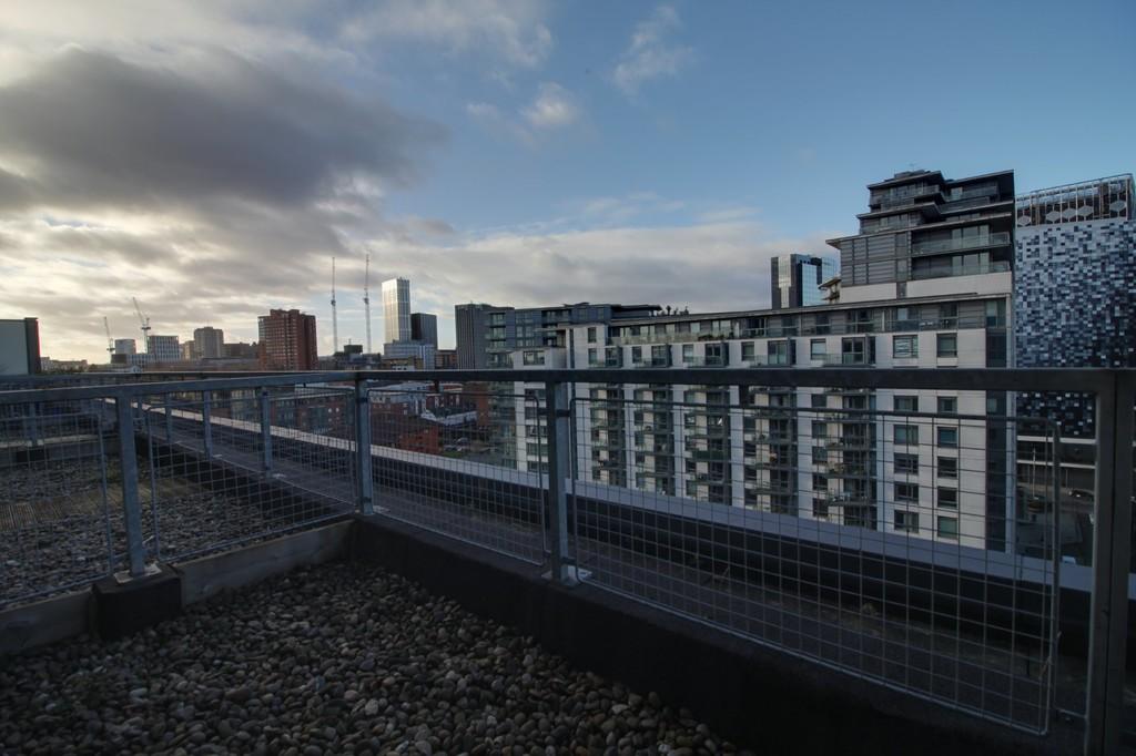 Image 9/13 of property Royal Arch Apartments, Wharfside Street, Birmingham City Centre, B1 1RG