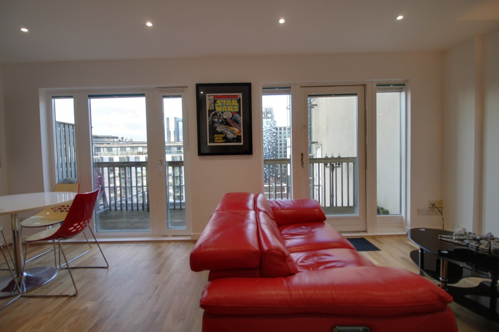 Image 3/13 of property Royal Arch Apartments, Wharfside Street, Birmingham City Centre, B1 1RG