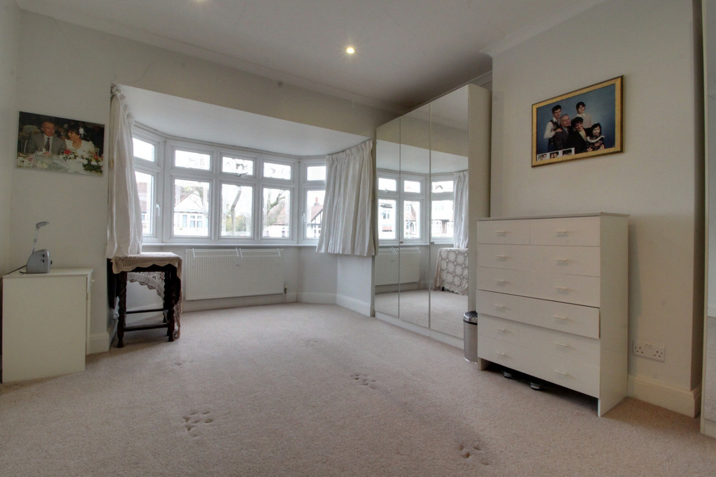 Image 7/15 of property Knightlow Road, Harborne, B17 8PX