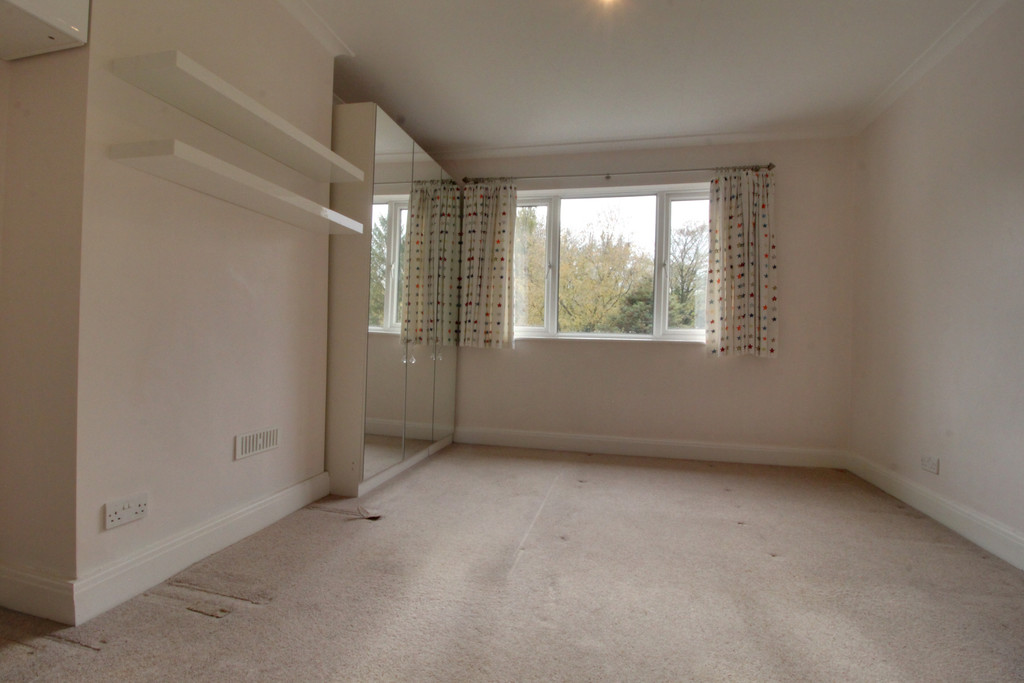 Image 8/15 of property Knightlow Road, Harborne, B17 8PX
