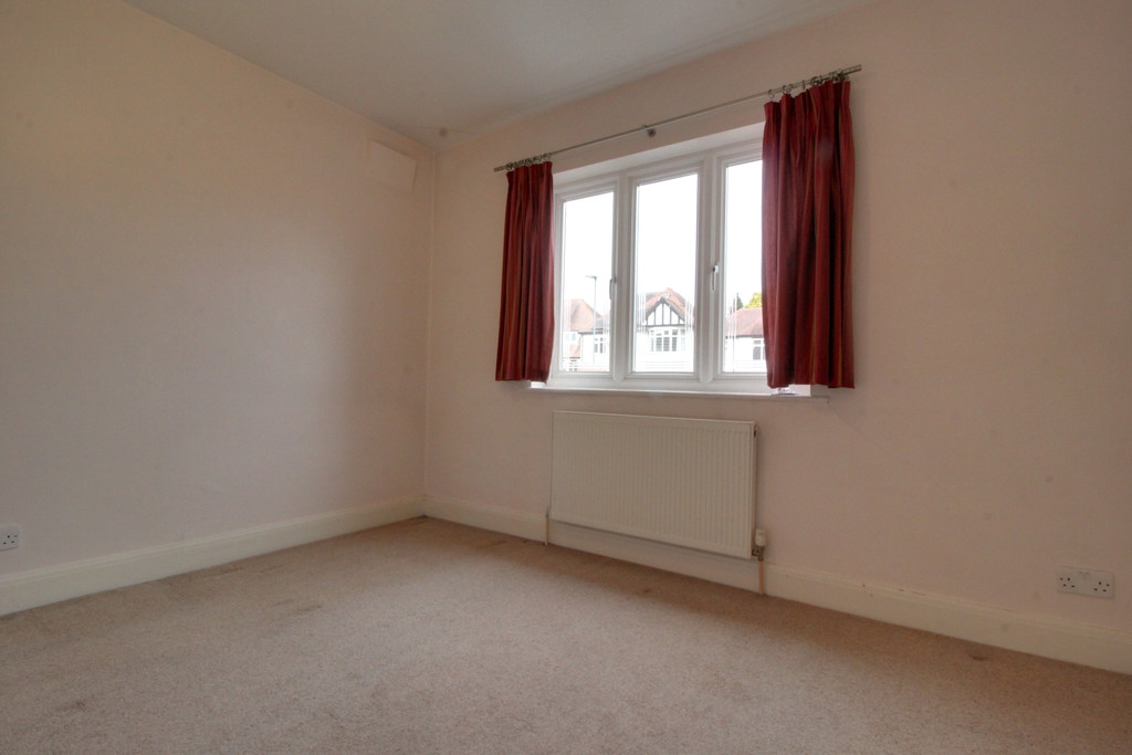 Image 10/15 of property Knightlow Road, Harborne, B17 8PX