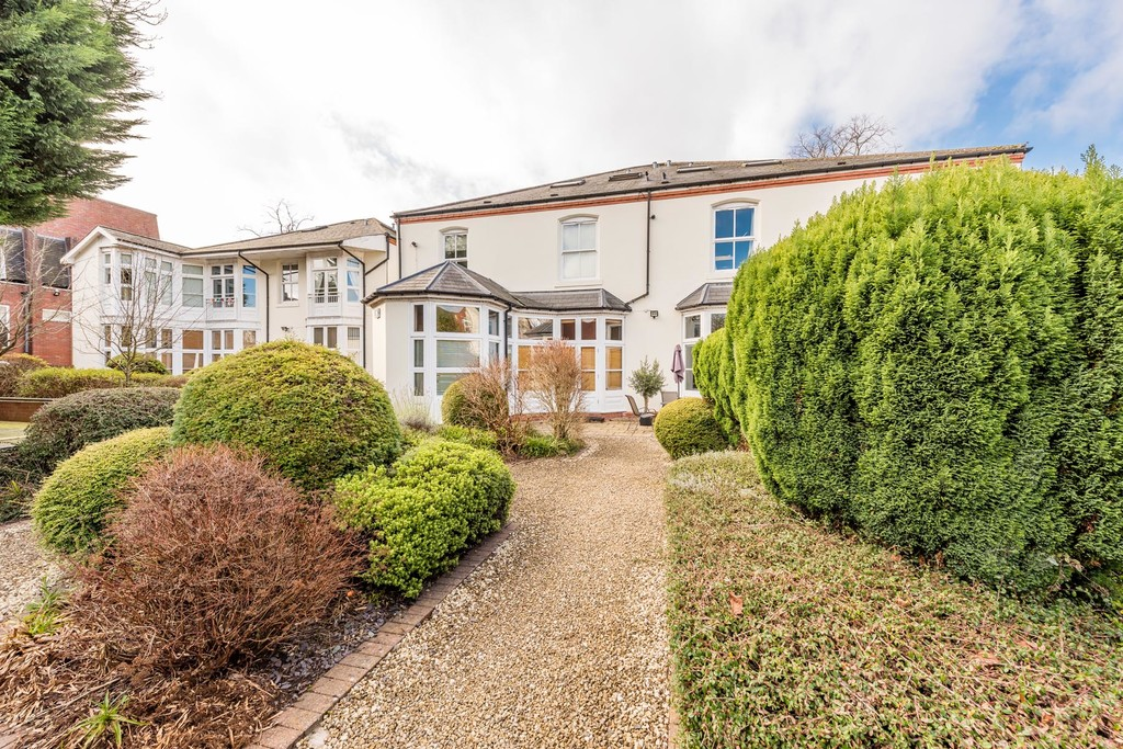 Image 10/11 of property Rotton Park Road, Edgbaston, B16 9JH