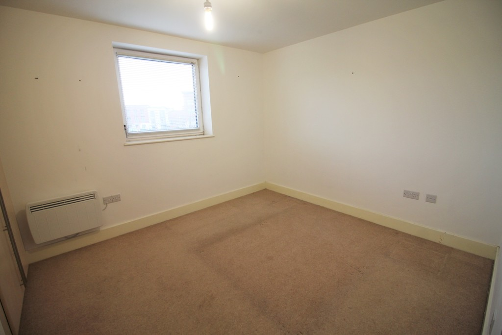 Image 7/9 of property Apartment 11, 2 Bell Barn Road