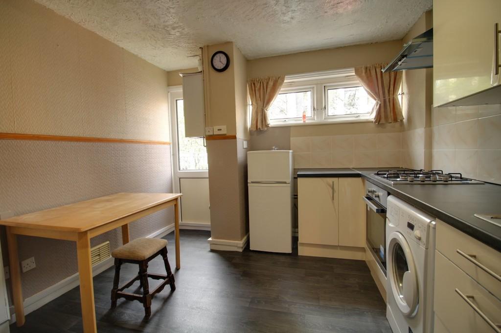 Image 6/11 of property Moss House Close, Birmingham City Centre, B15 1HE