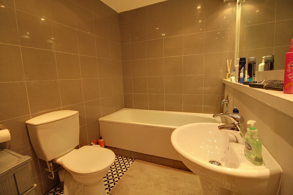 Image 7/10 of property Ludgate Lofts, 17 Ludgate Hill, St. Pauls Square, B3 1DW