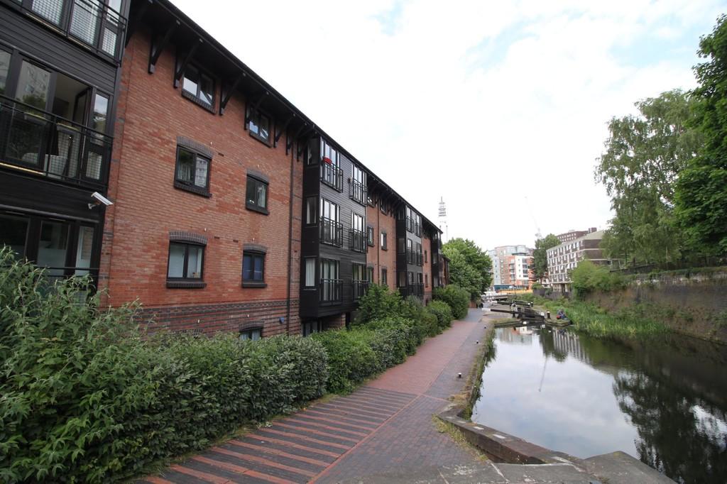 Image 6/10 of property Balmoral Court, 1 Scotland Street, Birmingham City Centre, B1 2RU