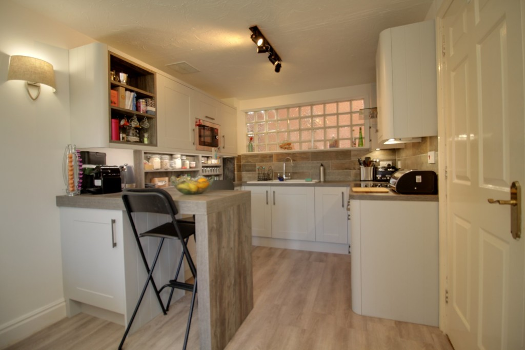 Image 3/11 of property Kings Court, 25 Cox Street, St. Paul's Square, B3 1RD