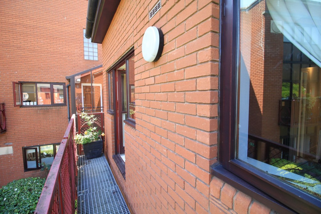 Image 7/11 of property Kings Court, 25 Cox Street, St. Paul's Square, B3 1RD
