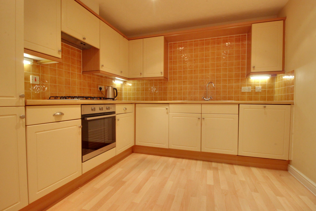 Image 3/11 of property Oakhill Close, Birmingham, B17 8DE