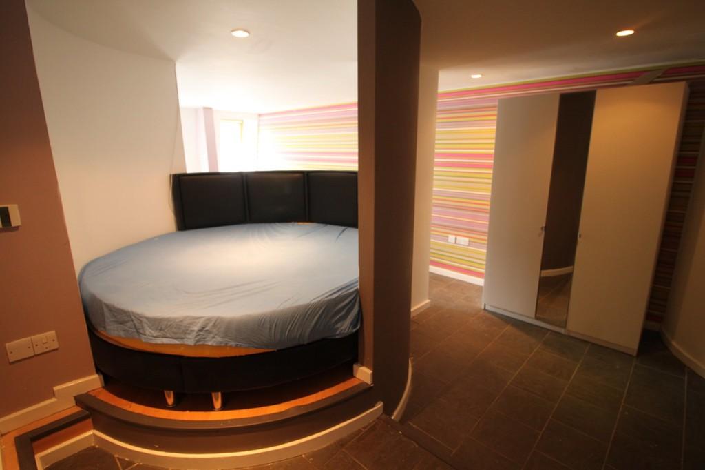 Image 4/5 of property Sun House, Bennetts Hill , Brimingham City Centre, B2 5RS