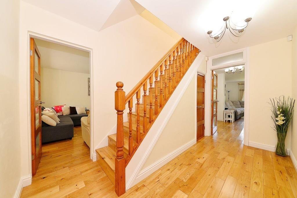 Image 14/17 of property Anstruther Road, Edgbaston, B15 3NW