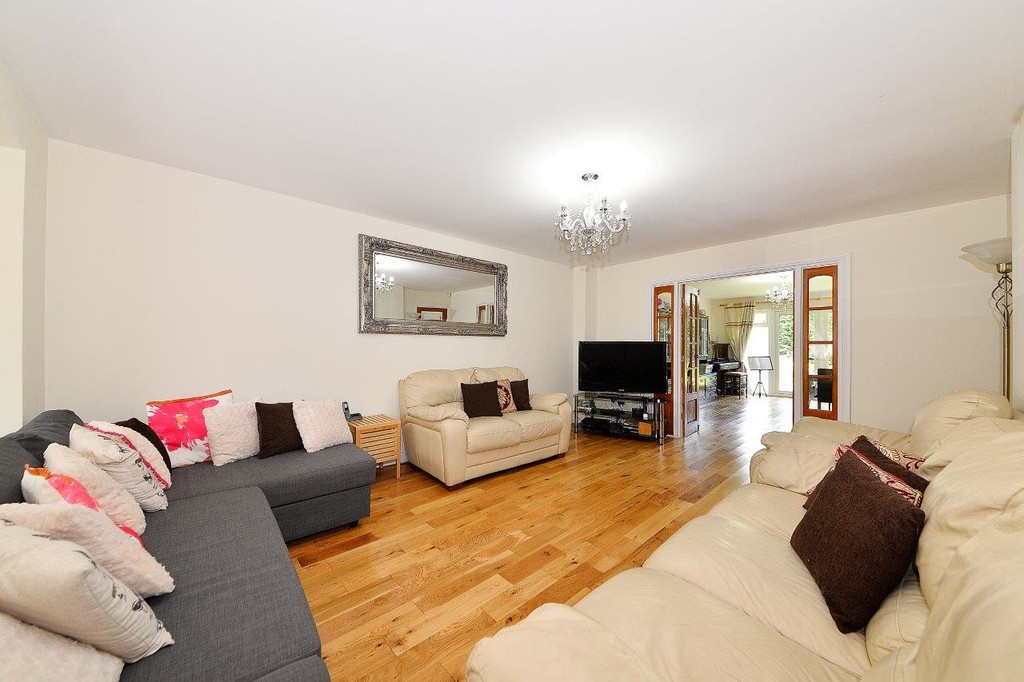 Image 3/17 of property Anstruther Road, Edgbaston, B15 3NW