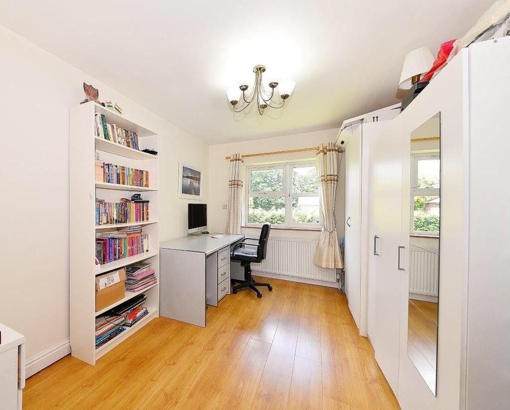 Image 11/17 of property Anstruther Road, Edgbaston, B15 3NW