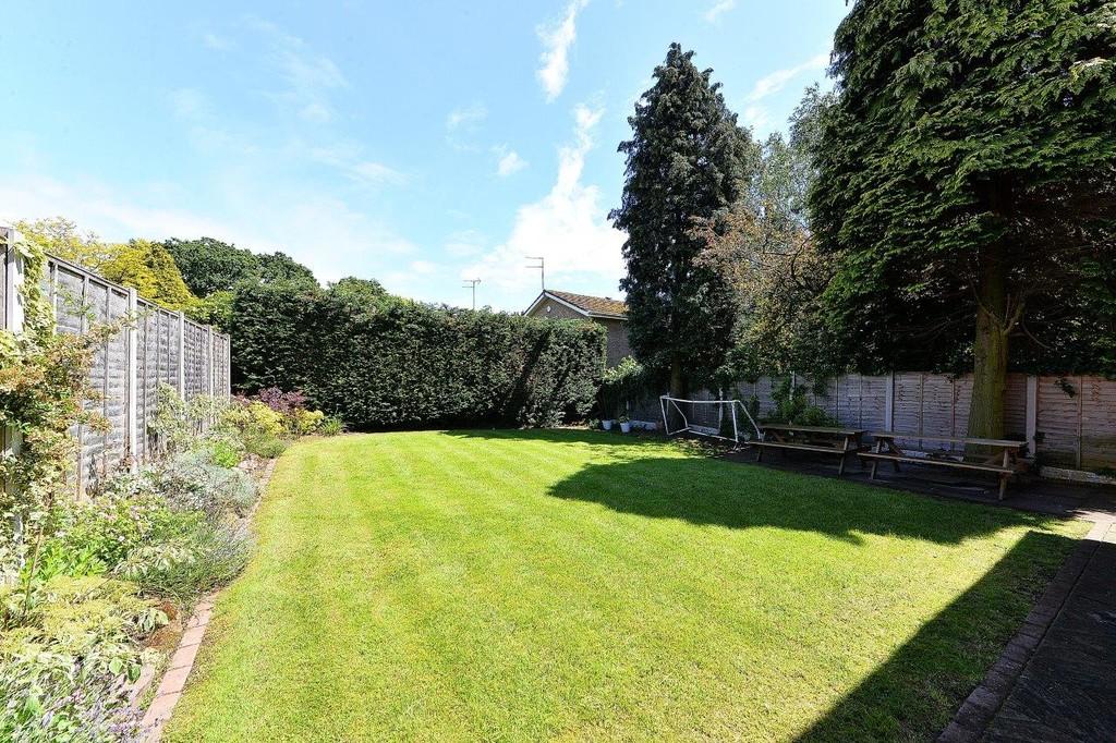 Image 16/17 of property Anstruther Road, Edgbaston, B15 3NW