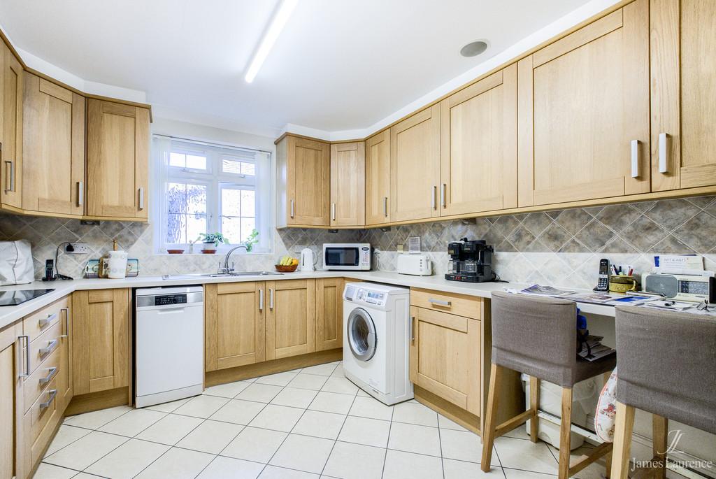 Image 4/14 of property Harborne Road, Birmingham, B15 3JJ