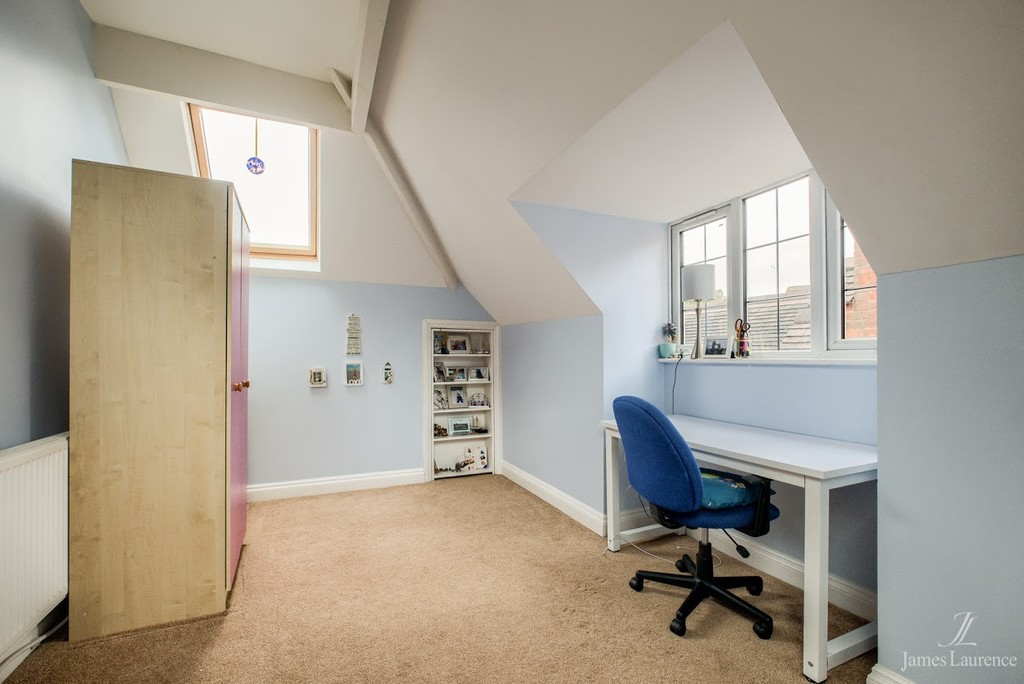 Image 13/20 of property Oxford Road, Moseley, B13 9EJ