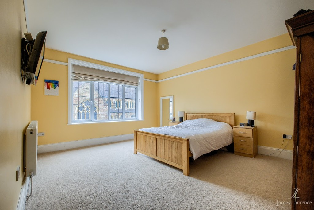 Image 10/20 of property Oxford Road, Moseley, B13 9EJ