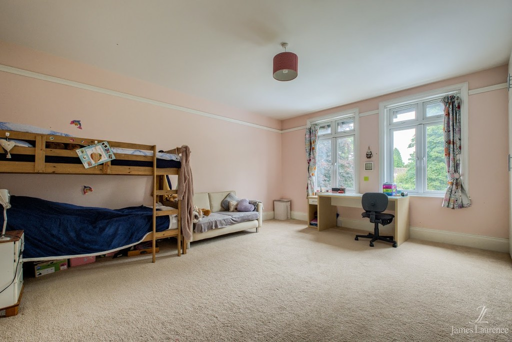 Image 11/20 of property Oxford Road, Moseley, B13 9EJ