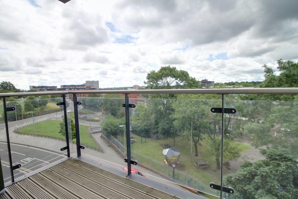 Image 7/12 of property Bell Barn Road, Park Central, Birmingham City Centre, B15 2GL