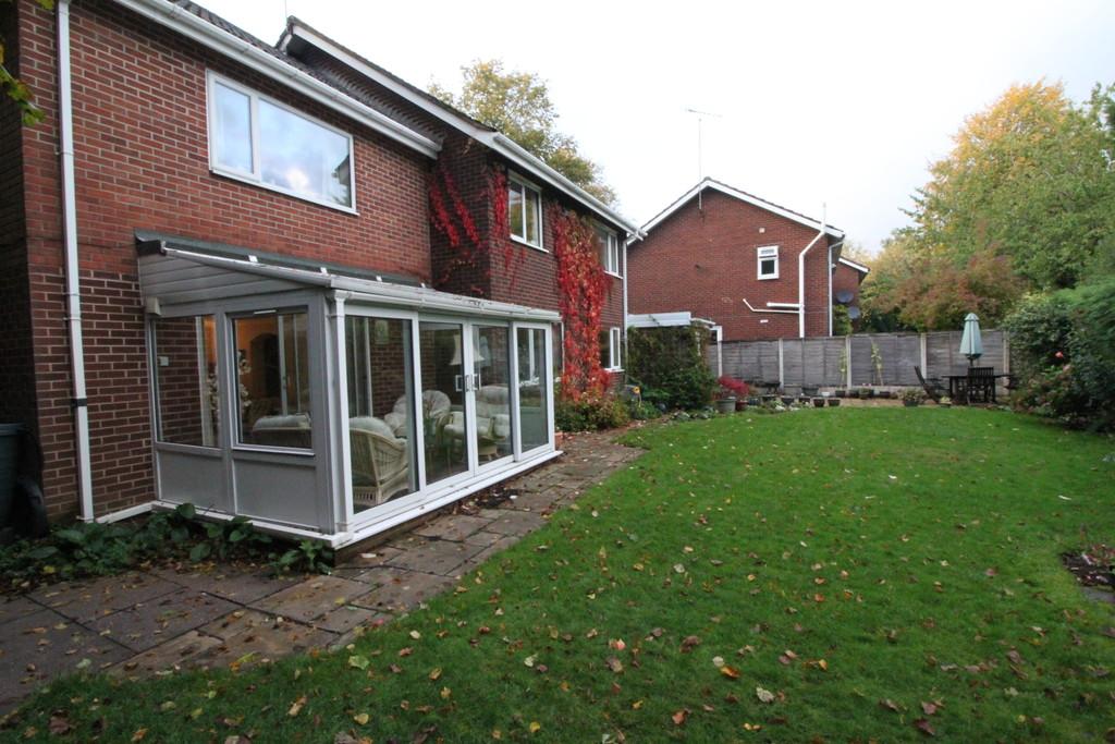 Image 18/18 of property Rodman Close, Edgbaston, B15 3PE