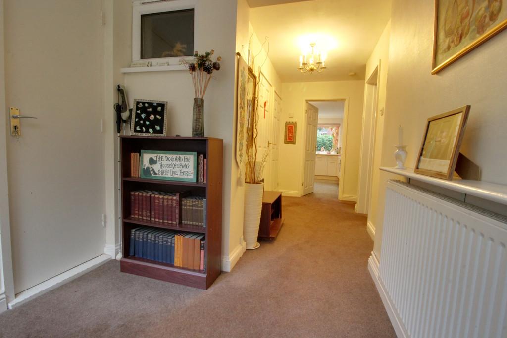 Image 13/18 of property Rodman Close, Edgbaston, B15 3PE