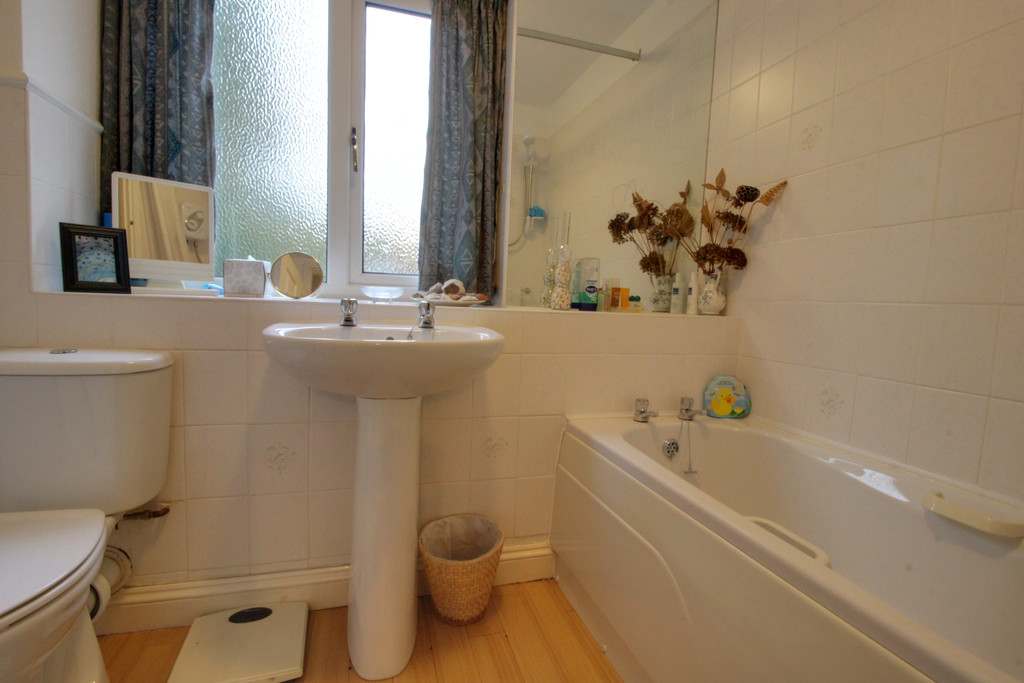 Image 11/18 of property Rodman Close, Edgbaston, B15 3PE