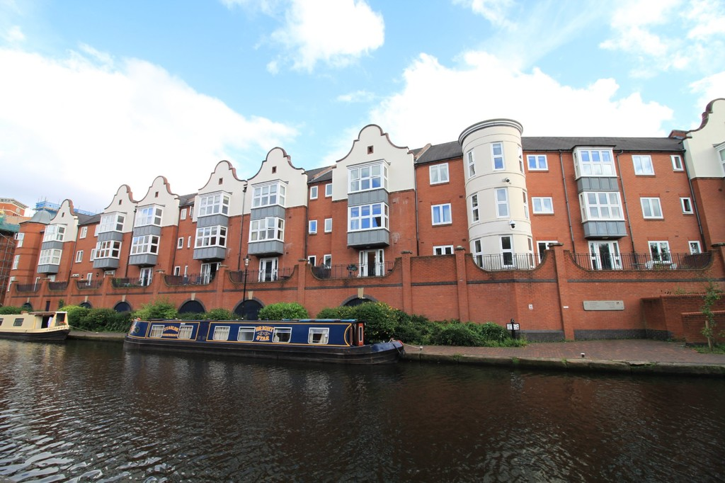 Image 1/10 of property Symphony Court, Brindley Place, Birmingham City Centre, B16 8AG