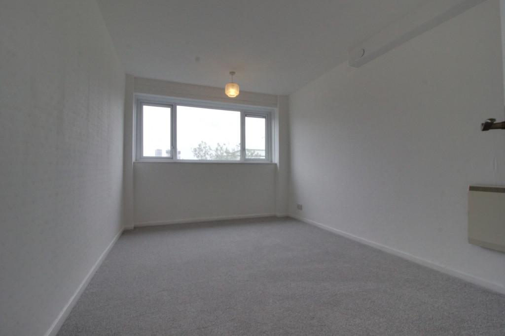 Image 6/9 of property Collings House, Huntly Road, Birmingham, B16 8JP