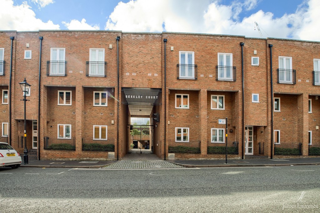 Image 22/22 of property Berkley Court, 43 Berkley Street, Birmingham City Centre, B1 2LF