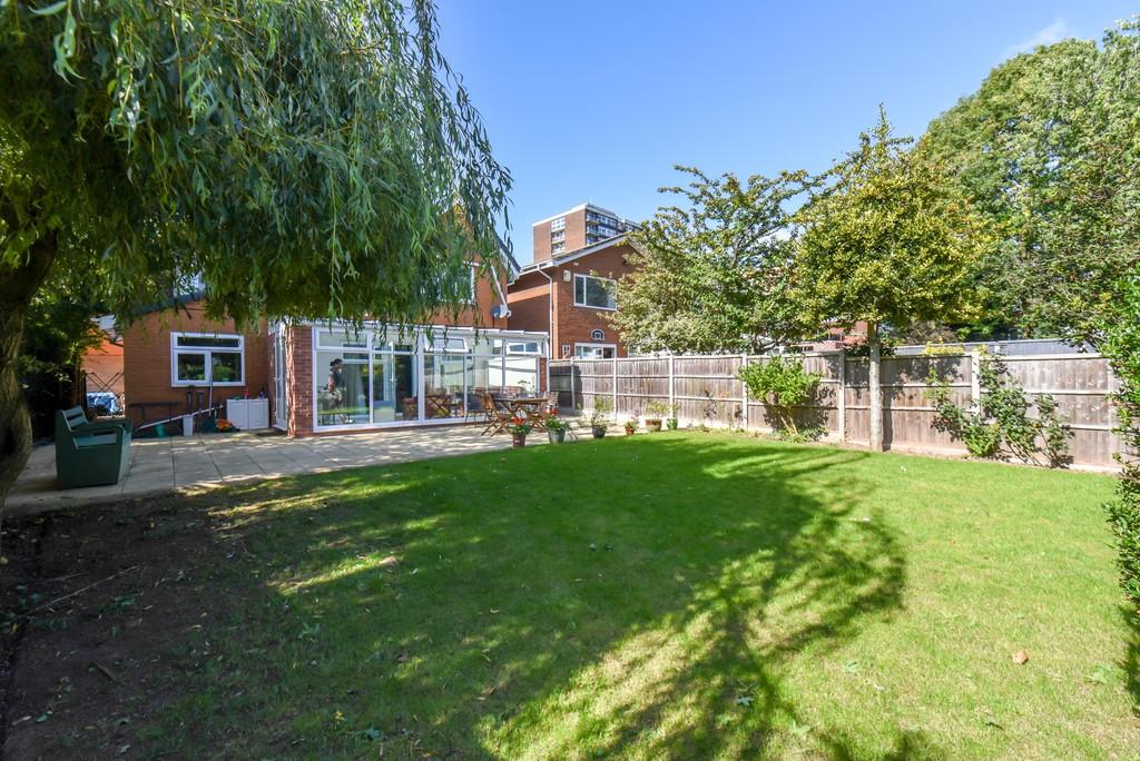 Image 22/24 of property Westfield Road, Edgbaston, B15 3XA