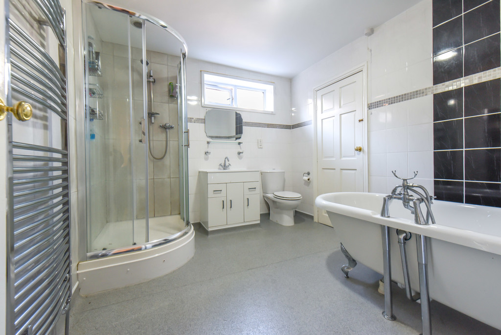 Image 11/24 of property Westfield Road, Edgbaston, B15 3XA