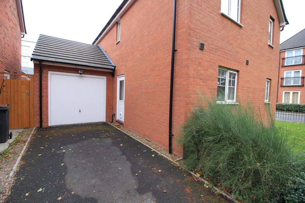 Image 9/13 of property Wicket Drive, Edgbaston, B16 0ND