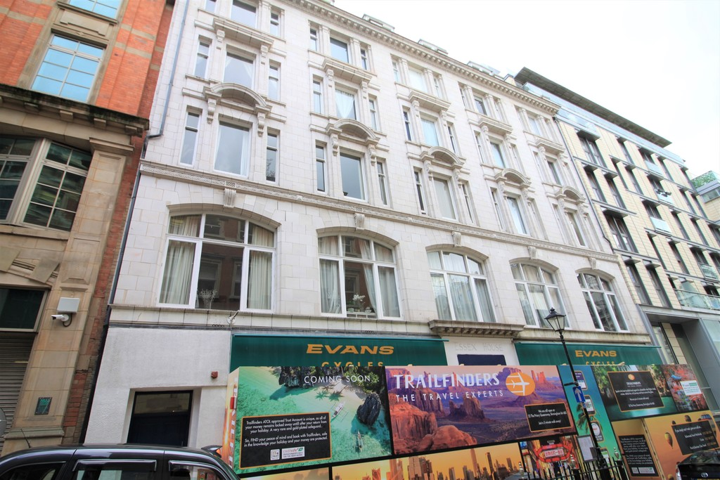 Image 7/8 of property Essex House, Temple Street