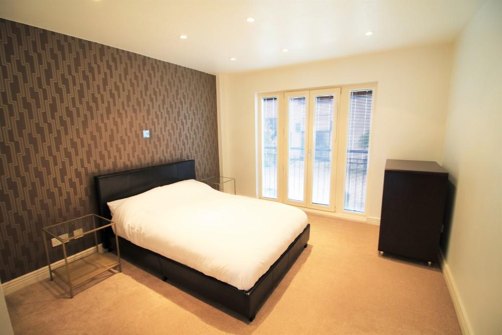 Image 11/27 of property Royal Arch Apartments , Wharfside Street, Birmingham, B1 1RG