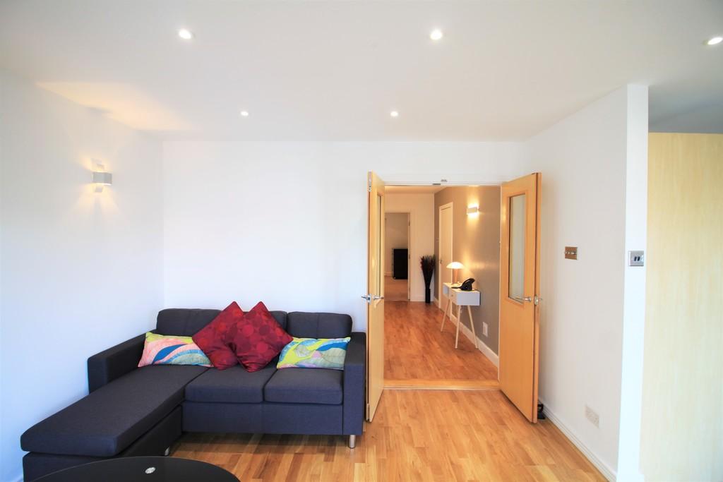 Image 10/27 of property Royal Arch Apartments , Wharfside Street, Birmingham, B1 1RG