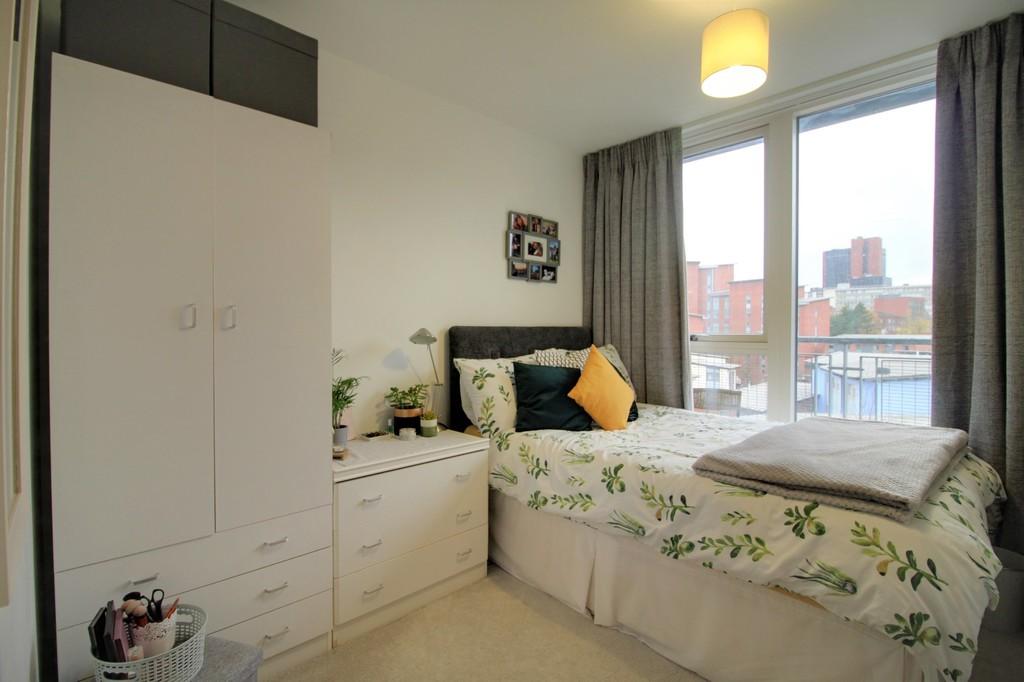Image 10/10 of property Longleat Avenue, Park Central, Birmingham City Centre, B15 2DF