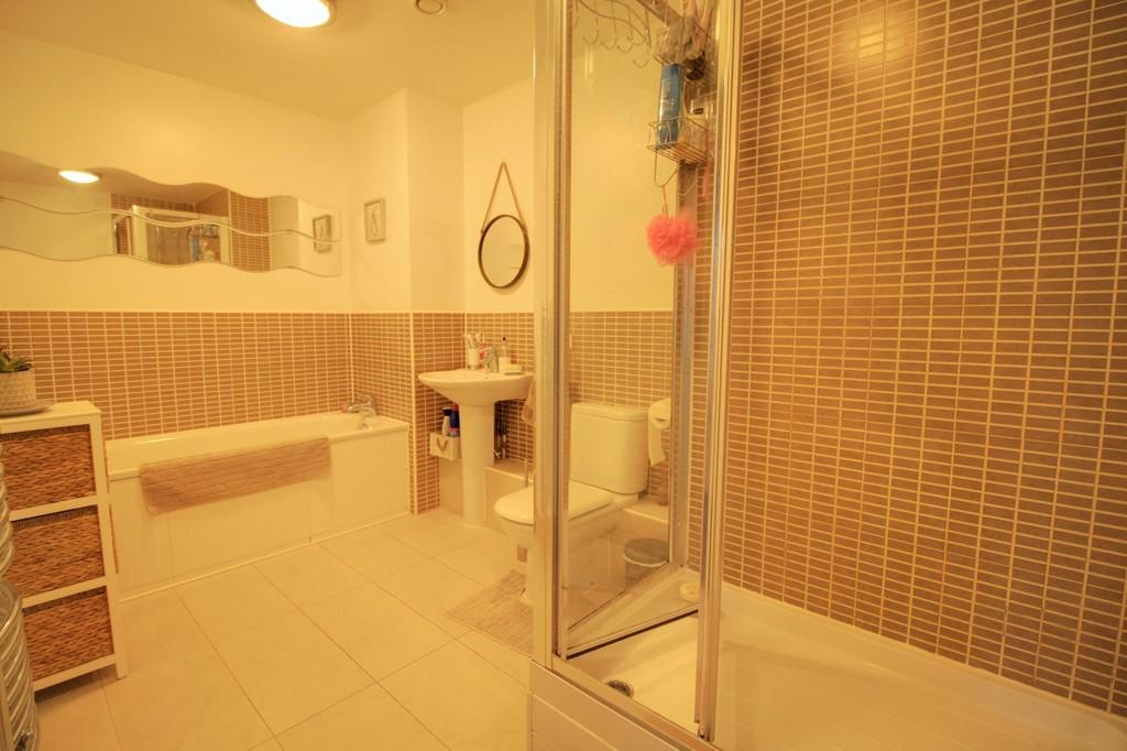 Image 6/10 of property Longleat Avenue, Park Central, Birmingham City Centre, B15 2DF
