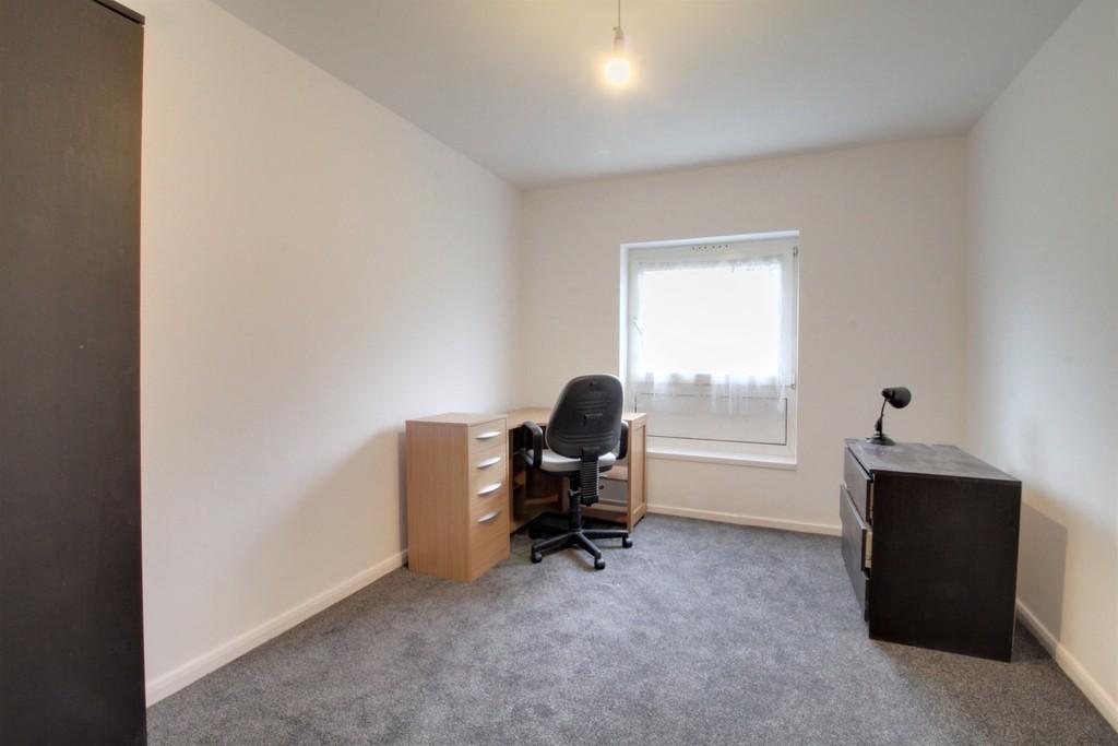 Image 5/11 of property Rodney Close, Birmingham, B16 8DP